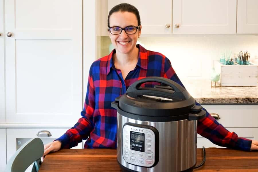 unboxing the instant pot and pressure cooking frozen chicken breats