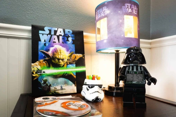 Star Wars Nightstand with Lamp