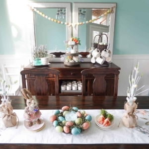 A Simple Spring Dining Room