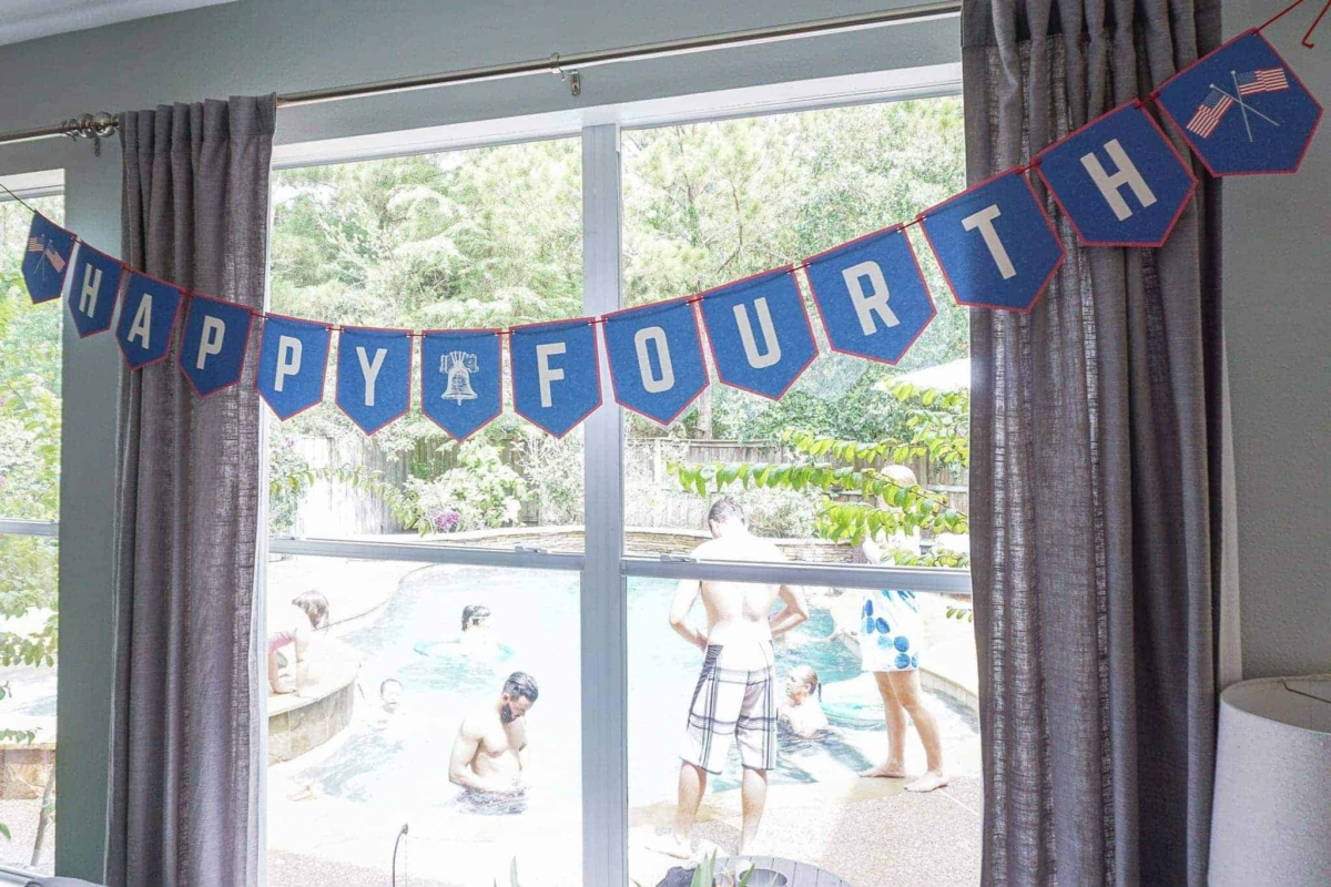 4th of July decorations [FREE PRINTABLES PACK]