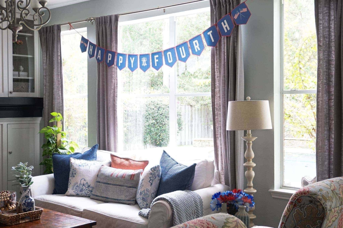 Patriotic banner in this free 4th of July printables pack.
