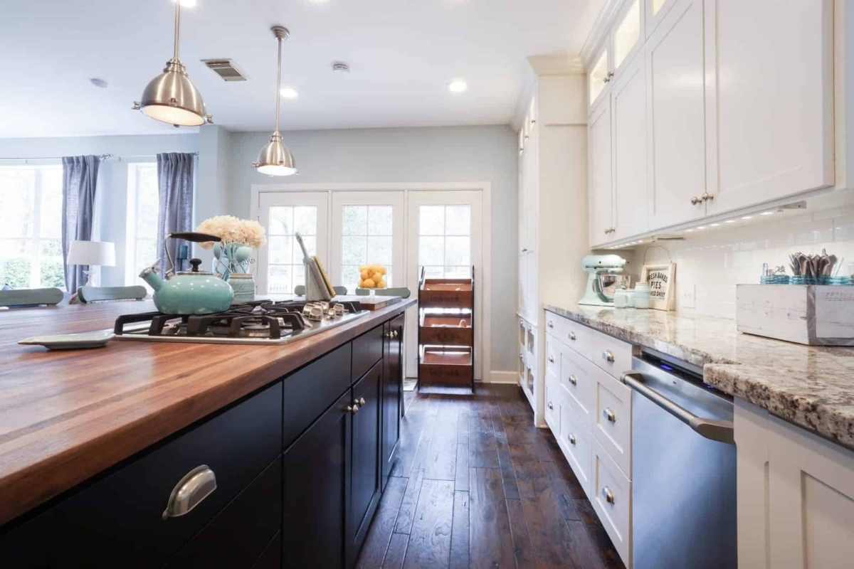White kitchen cabinets are great for decorating with color.