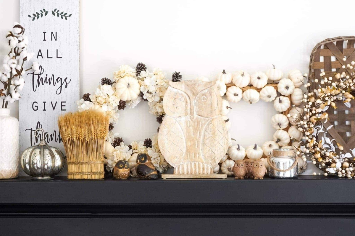 Cute fall owl decorations for the living room mantel.