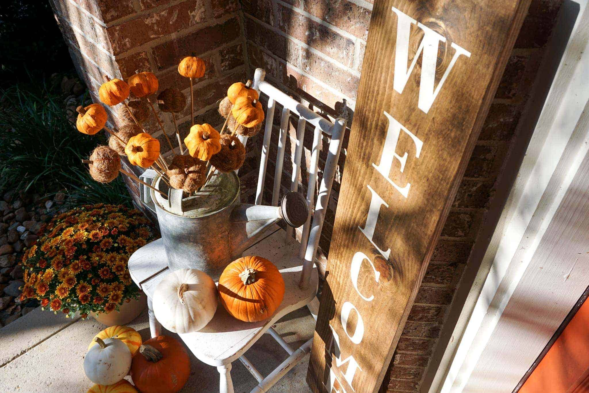 Simple fall porch.