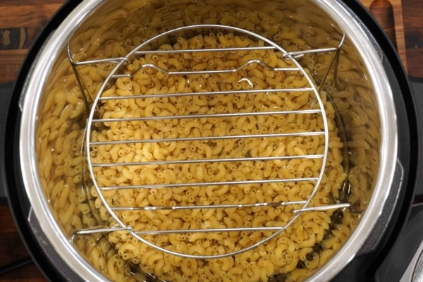 flip the trivet mess free pasta from above