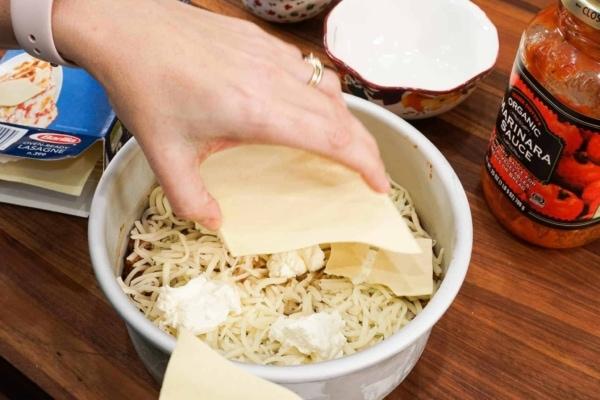 layering instant pot lasagna