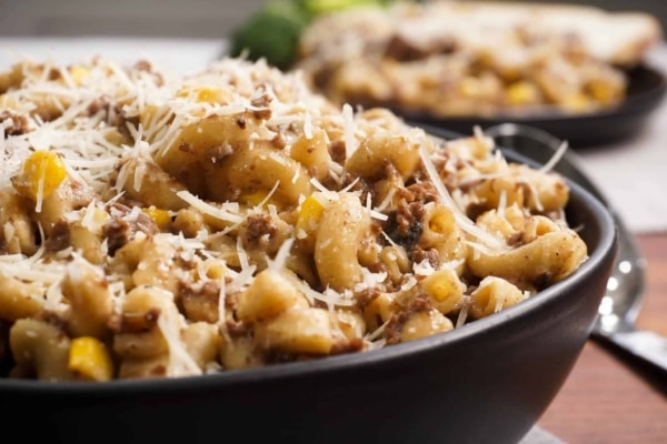 quick and easy macaroni pasta made in the instant pot