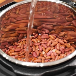 making beans in the Instant Pot for chili