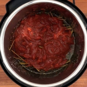 pasta sauce added to spaghetti and meat sauce in the instant pot