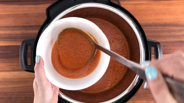 serving instant pot tomato soup