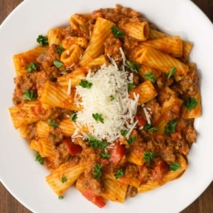 a pasta dinner made using Italian sausage and rigatoni